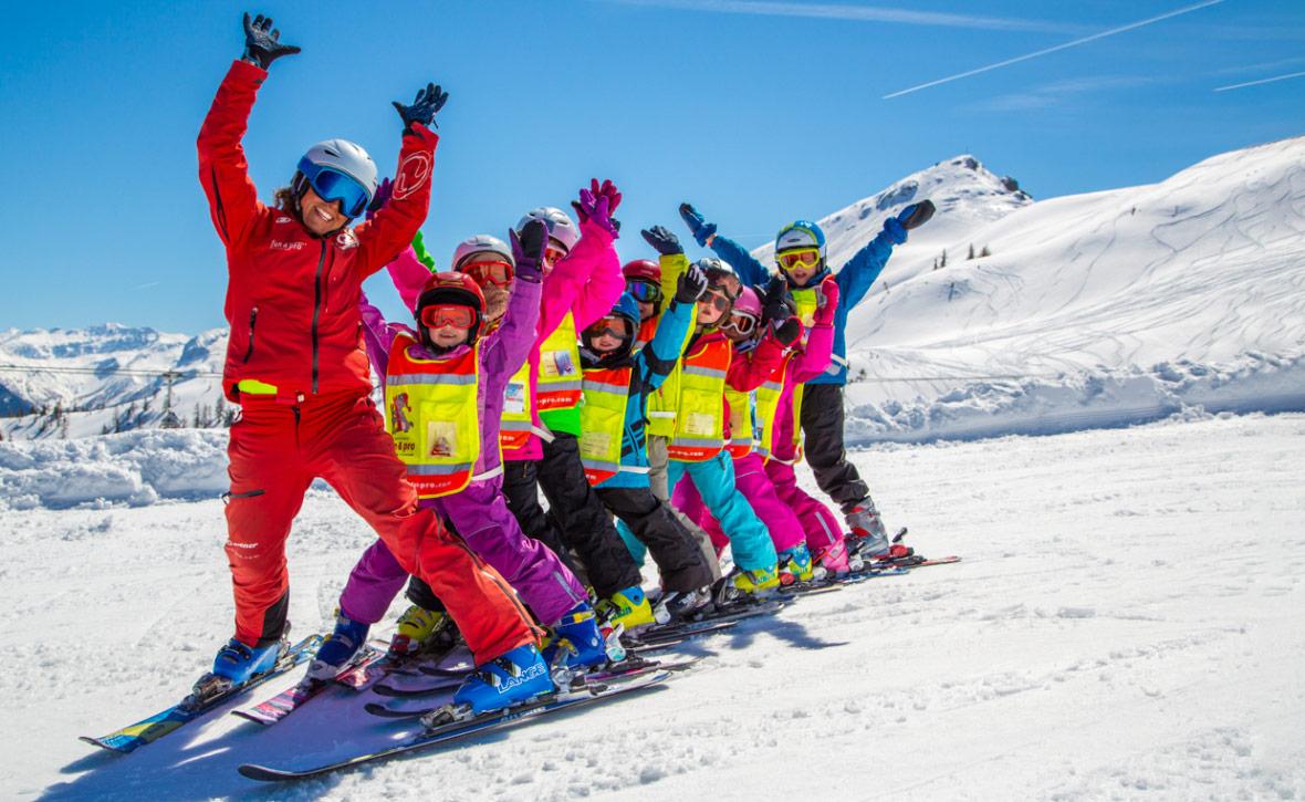 В каком возрасте ставить ребёнка на горные лыжи — Блог «Спорт-Марафон»