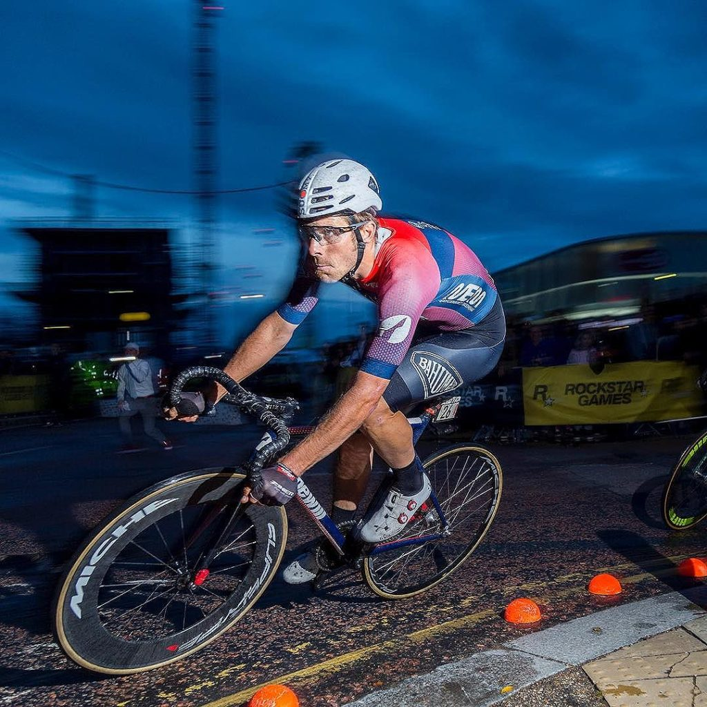 Filippo Fortin in control on his way to winning the Red Hook Criterium  London No.3. We are proud to add another great Italian champion to the Crit  record books. #redhookcrit #rhcl3 Ph: @